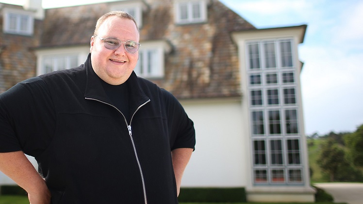 Image taken from http://i1-news.softpedia-static.com/images/news2/Kim-Dotcom-Announces-MegaChat-Browser-Based-Encrypted-Video-and-Chat-App-468583-2.jpg
